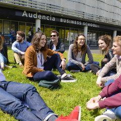 Audencia s'engage avec Toutes Mes Aides auprès de ses étudiants