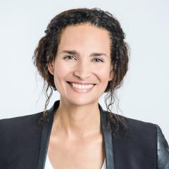 Rencontre avec Frédérique Bedos, une femme engagée