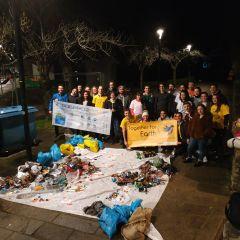 Une course de ramassage de déchets dans le cadre des Journées de l'Alliance